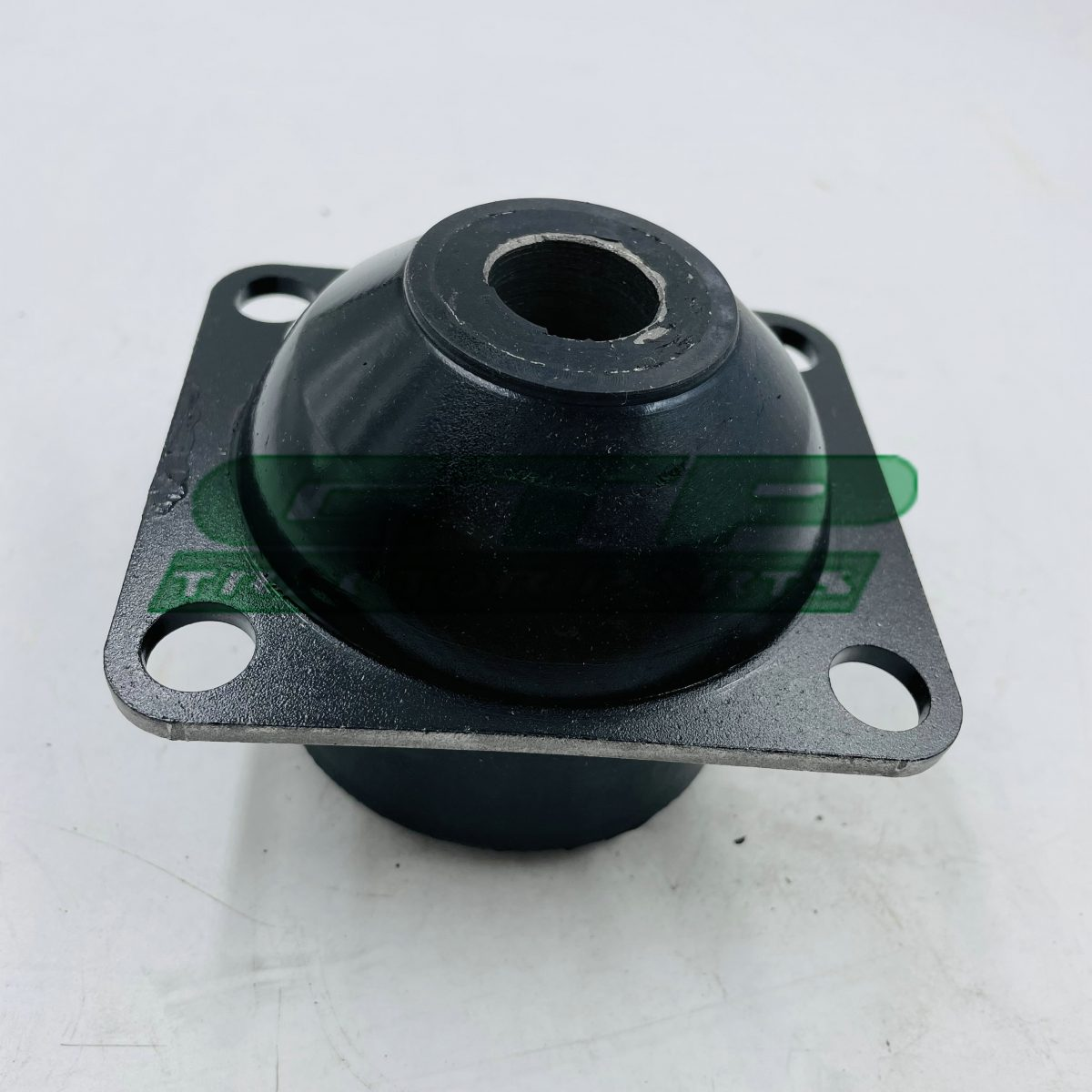 82021655 CAB MOUNTING BUSH RUBBER FOR TRACTORS